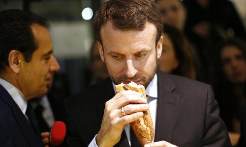Tổng thống Pháp muốn UNESCO bảo vệ bánh mì baguette