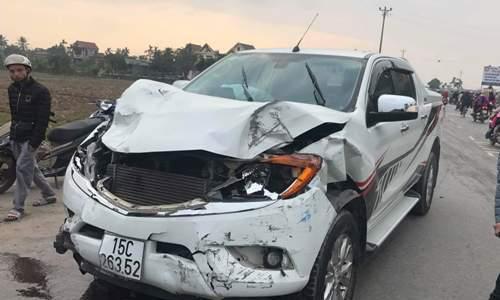 Đâm chết hai nữ sinh, tài xế ôtô bán tải bỏ chạy