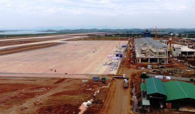 Công trường sân bay hơn 7.000 tỷ đồng ở Quảng Ninh