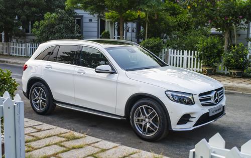 Mercedes đứng đầu phân khúc về doanh số.