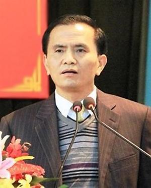 Ông Ngô Văn Tuấn tạimột cuộc họp của tỉnh Thanh Hóanăm 2016. Ảnh: LS
