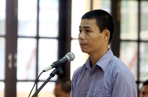 Cựu đại úy biên phòng khai thác gỗ bên Lào nhưng 'nhầm rừng Việt Nam'
