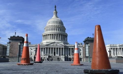 Sứ quán Mỹ tại Hà Nội vẫn cấp visa trong khi chính phủ đóng cửa
