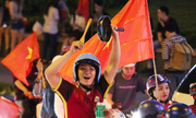 Người hâm mộ gọi trận đá của Việt Nam như đồ thị hình sin