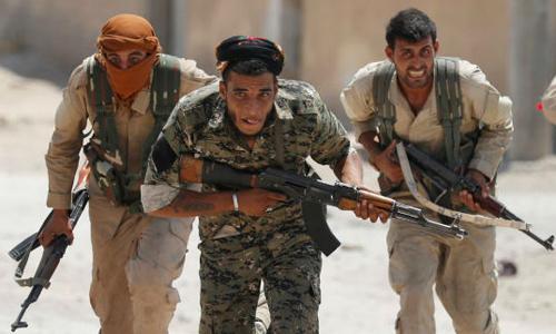 Lý do đồng minh của Mỹ tàn sát lẫn nhau trên chiến trường Syria