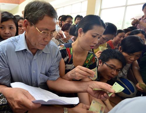Quy định thu khoản thu tự nguyện trong trường học đã bị UBND thành phố Hà Nội bãi bỏ. Ảnh minh họa: Quỳnh Trang.