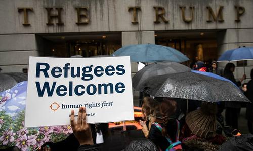 Mỹ dỡ lệnh cấm người tị nạn từ 11 nước