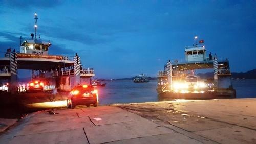 Hải Phòng lại cho phép xe trên 12 chỗ ra đảo Cát Bà