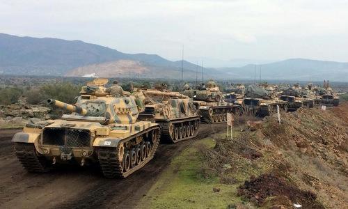 Xe tăng Thổ Nhĩ Kỳ tiến công Afrin. Ảnh: TRT.