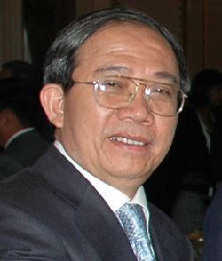 Giáo sư Trần Văn Nhung,Tổng thư ký Hội đồng Chức danh giáo sư nhà nước.