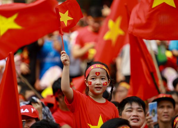 25.000 vé vào cổng sân vận động Thống Nhất đều đã có chủ. Ảnh: Nguyễn Thành.