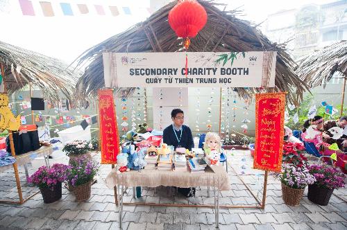 Học sinh BVIS Hà Nội học cách bảo vệ môi trường qua chợ xuân - 5