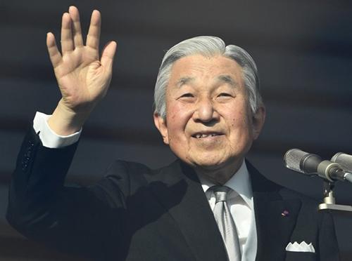 Nhà vua Nhật Bản Akihito sẽ thoái vị năm 2019, truyền ngôi cho Thái tử Naruhito. Ảnh:AFP