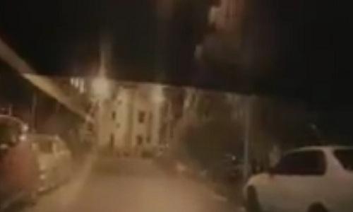 Tòa nhà Đài Loan sập trong một giây trước mũi ôtô