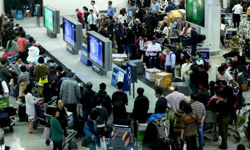 Hành khách được khuyến cáo ra sân bay Tân Sơn Nhất sớm 2-3 tiếng