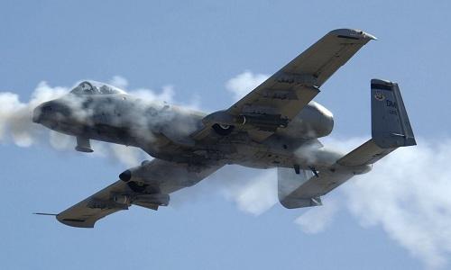 Cường kích A-10 Mỹ băm nát xe phiến quân Taliban