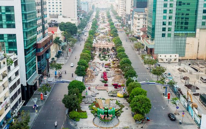 Đường hoa Nguyễn Huệ trước ngày khai mạc