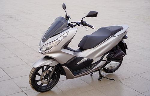 Honda PCX 150 giá 70,5 triệu đồng. Ảnh: Lương Dũng.