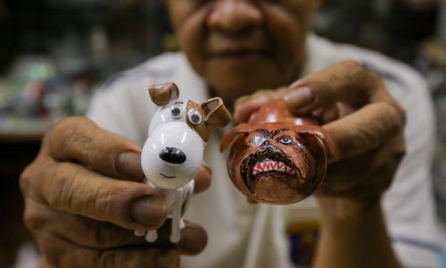 Những con chó bằng vỏ trứng của thầy giáo về hưu ở Sài Gòn