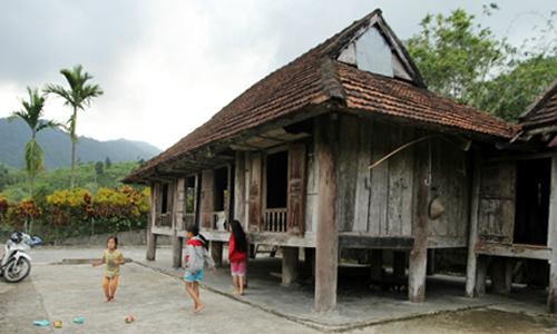 Làng Mường trên đất Quảng Nam