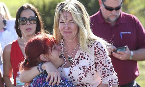 Nghi phạm xả súng trường học Florida ám ảnh với súng đạn