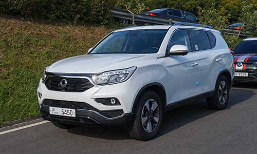 SsangYong G4 Rexton thế hệ mới nhập khẩu Hàn Quốc, giá 1,45 tỷ đồng. Ảnh: Lương Dũng.