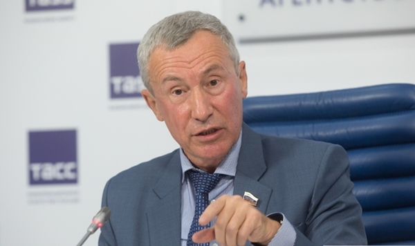 Thượng nghị sĩ Andrey Klimov. Ảnh: Vestnik Kavkaza.