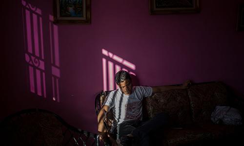 Công nhân Endy Torres sụt 15 kg trong 18 tháng. Ảnh: Bloomberg.