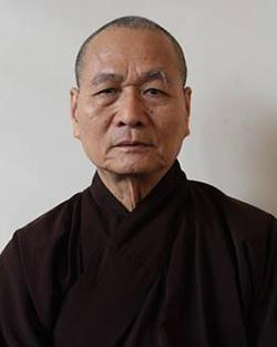 Hòa thượng Thích Hải Ấn,trụ trì chùa Từ Đàm, Viện trưởng Học viện Phật giáo Việt Nam tại Huế. Ảnh: Võ Thạnh