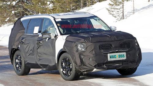 Mẫu SUV mới của Kia thu hút sự chú ý bởi những điểm tương đồng với mẫu concept Telluride. Ảnh: Autoblog.