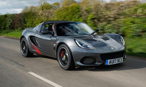 Hãng xe Lotus (Anh) đã về tay hãng xe Geely. Ảnh: Carmagazine.
