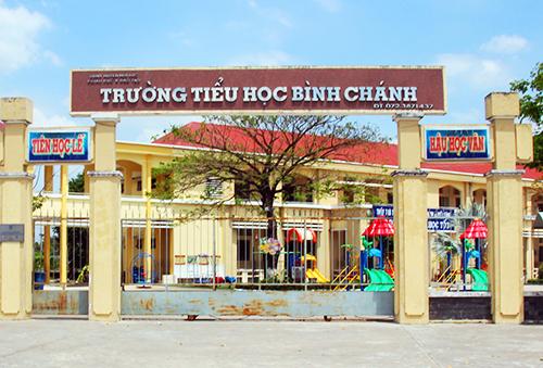 Trường tiểu học Bình Chánh, nơi xảy ra vụ việc. Ảnh: Hoàng Nam.
