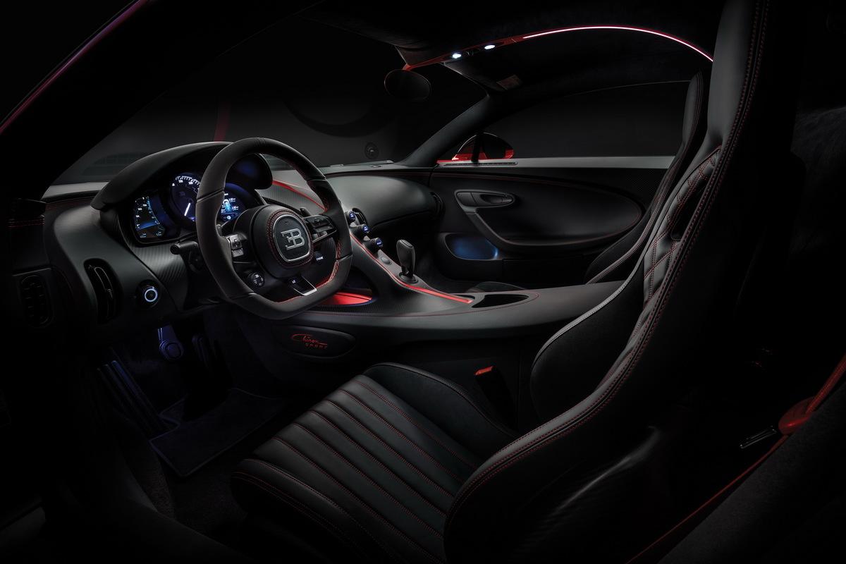 Cận cảnh siêu xe Bugatti Chiron Sport 2019: tốc độ tối đa 420 km/h, giá chỉ có 84 tỷ