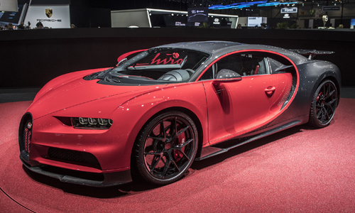 Siêu xe Bugatti Chiron Sport trình làngtại triển lãm Geneva 2018.