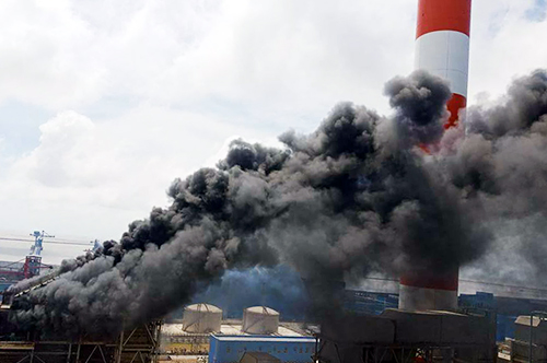 Đánh giá sơ bộ của cơ quan chức năng, vụ cháy tại nhà máy nhiệt điện Duyên Hải 3 mở rộng gây thiệt hại hàng triệu USD. Ảnh: Cửu Long