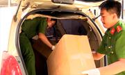 hanglau 1520479459 180x108 - Dụng cụ sử dụng ma túy trên ôtô chở hàng lậu tông cảnh sát