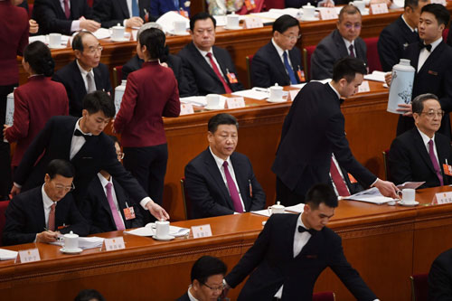 Ông Tập và các đại biểu tham dự kỳ họp quốc hội đang diễn ra ở Bắc Kinh. Ảnh: AFP.