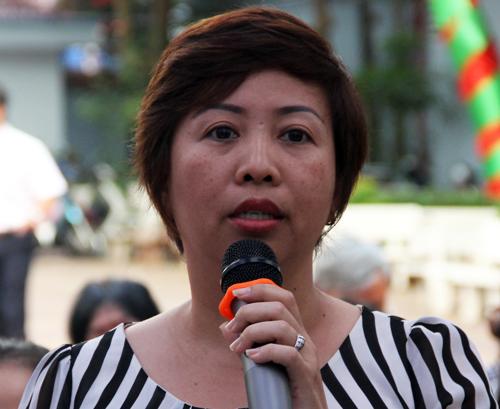 Phụ huynh Sài Gòn than phiền với hiệu trưởng khi con nói tục