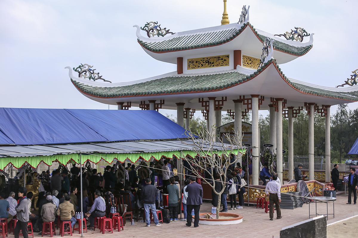 Người Hàn Quốc tạ lỗi trong lễ tưởng niệm vụ thảm sát Hà My