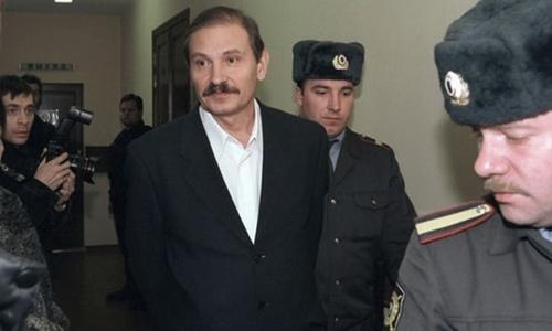 Ông Nikolai Glushkov (giữa). Ảnh: PA.