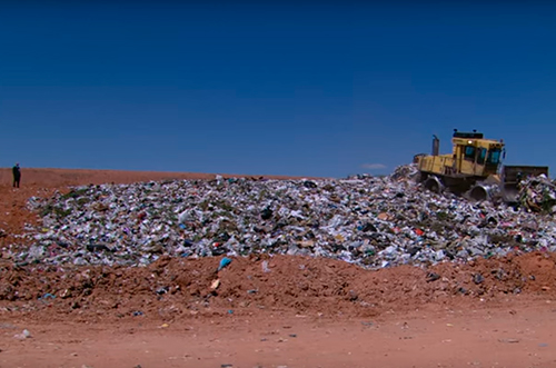 Bãi rác rộng hơn 500ha.