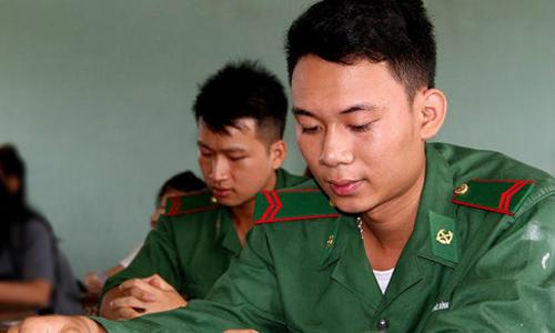 hai-truong-quan-doi-lay-diem-chuan-chung-cho-khu-vuc-nam-bac