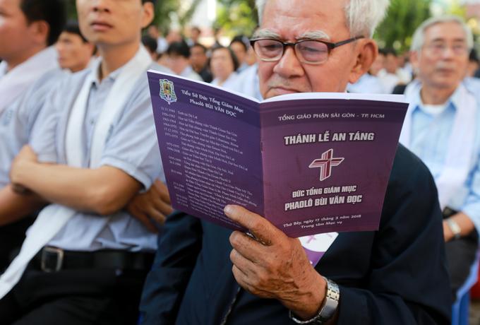 700 linh mục cử hành thánh lễ an táng cố Tổng giám mục Phaolô - Ảnh minh hoạ 2