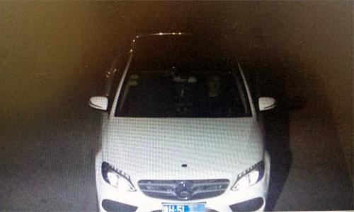 Xe Mercedes lỗi kiểm soát hành trình, không thể giảm tốc độ