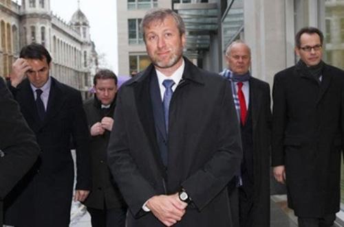 Cách tài phiệt Nga mở hầu bao tiền tỷ ở Anh