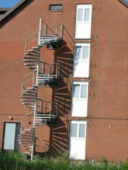 Cầu thang không lối thoát.