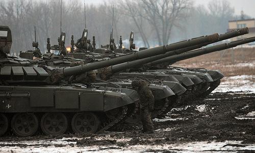 Tranh cãi về chiến thuật dùng xe tăng làm pháo tự hành của Nga