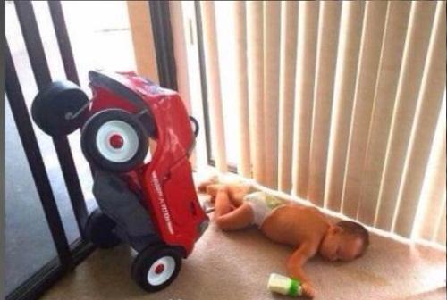 Hiện trường một vụ tai nạn vì say sữa.