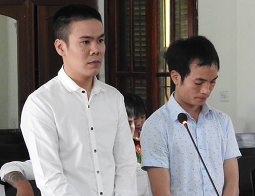 Nam thanh niên bị chém gần lìa tay sau cuộc xả dao rửa hận