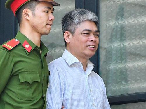 Cựu tổng giám đốc Oceanbank Nguyễn Xuân Sơn. Ảnh: Giang Huy
